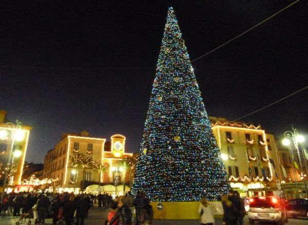 """M'illumino d'inverno"": ideas for Christmas in Sorrento"